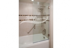 5 Frameless  sqaure bathscreen with a handle CLEAR GLASS  BRUSHED NICKEL HARDWARE 1140S