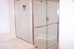 12 Frameless traditional sliding enclosure and a return panel with 2 towel bars CLEAR GLASS BRUSHED NICKEL HARDWARE 372 - 1072