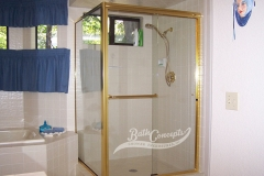 13 Frameless traditional sliding enclosure and a return panel with 1 towel bar 1 knob CLEAR GLASS GOLD HARDWARE 372 - 1072