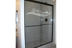3 Frameless traditional sliding enclosure with 1 towel bar and 1 knob CLEAR GLASS OIL RUBBED BRONZE   340D - 350D - 1040 - 1050